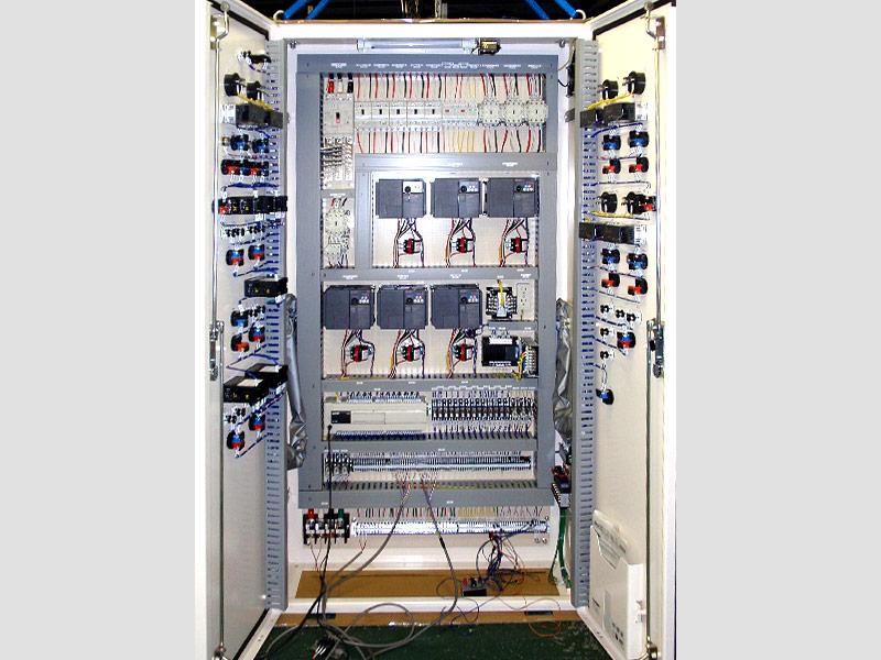 食品原料製造装置の制御盤