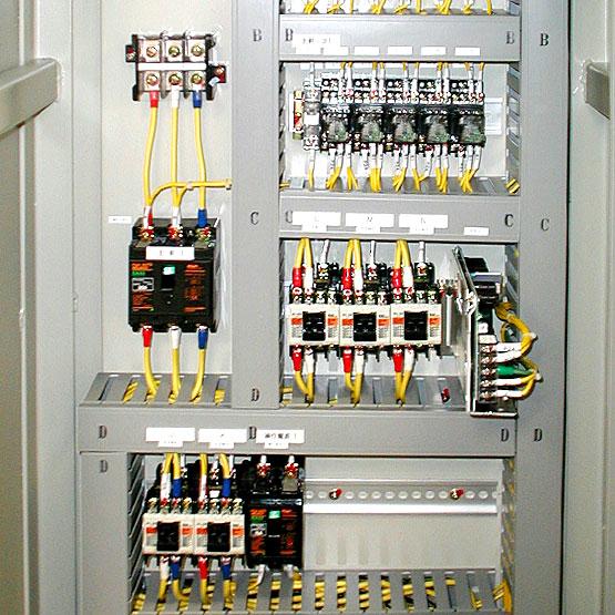 機能的な制御盤の配線(きれいな配線)